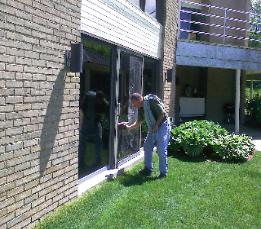 Cleaning Windows Troy Michigan