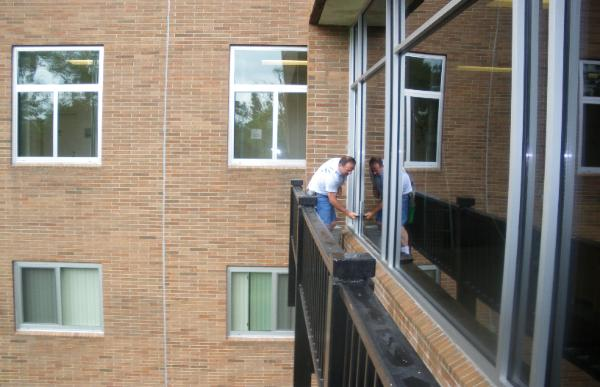 Commercial Window Cleaning, Bloomfield Hills, MI 48323